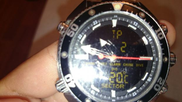 Sector mens r3253967015 dive master ana digi watch - Sector dive master ...
