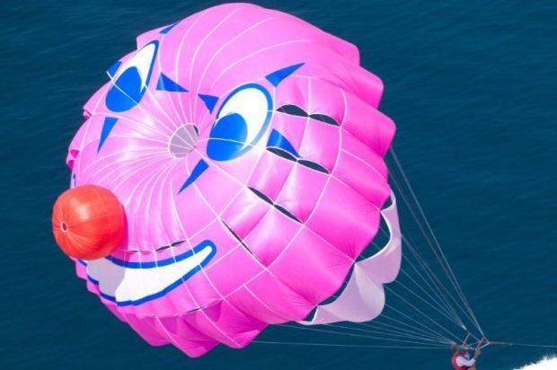 Čime bi  udarili forumaša iznad ? - Page 6 Parasailing-padobran-slika-10207278