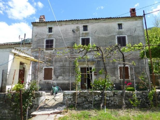 Kamena kuća u Kožljaku okružena zelenilom, 135,90m2 (prodaja)