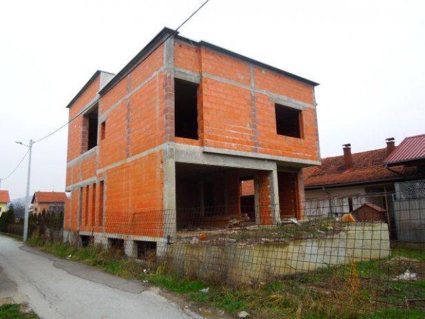 MALEŠNICA - OBITELJSKA KUĆA 190.000€ (prodaja)
