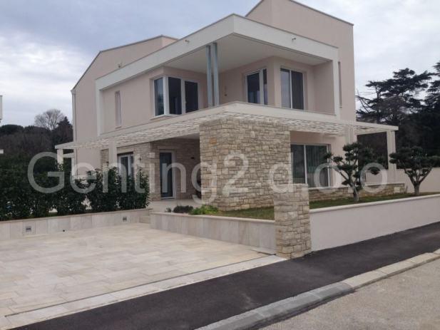 Moderna kamena kuća na fantastičnoj poziciji!! (prodaja)