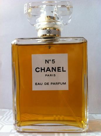 chanel n 5 eau de parfum. Black Bedroom Furniture Sets. Home Design Ideas