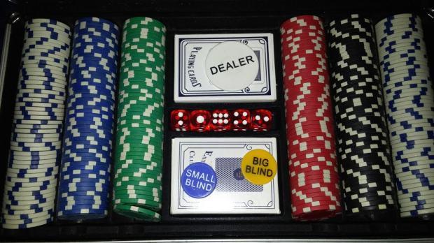 Set chipova za poker viage casino bar