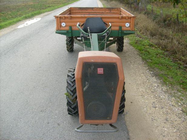 Traktori Za Prodaju Sa Grnjacom | Photography