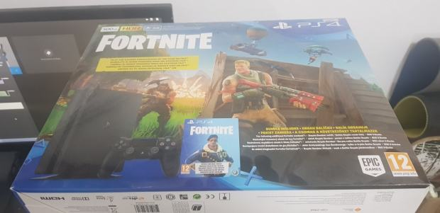 Playstation 4 Fortnite Edition, XIM Apex, jamstvo