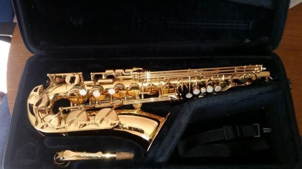 saksofon alto yamaha 275 yas 275. Black Bedroom Furniture Sets. Home Design Ideas