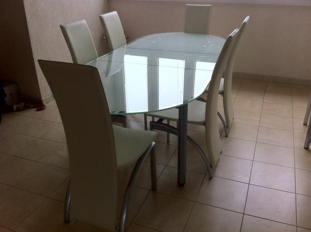 Stakleni stol +8 stolica