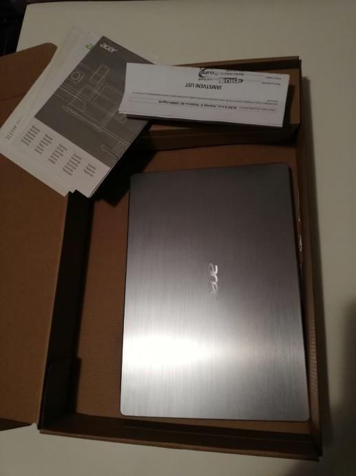 Acer laptop Swift 3, star 6 mjeseci HITNO