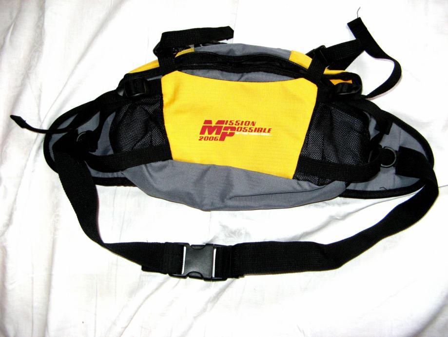 Mission Possible, torbica oko struka