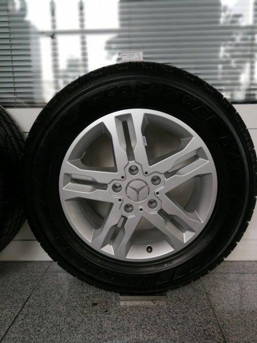 Orginal Mercedes G klasa  alu felge sa gumama YOKOHAMA 255/60 R18