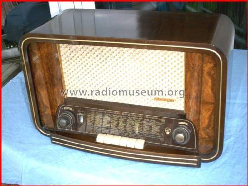PRODAJEM STARI RADIO APARAT BLAUPUNKT ROMA II SAMO 3.000 kn