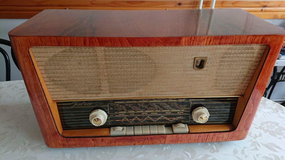 Stari radio JADRAN 59 UKV, ISPRAVAN