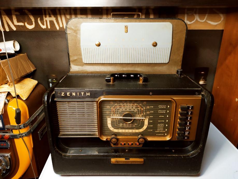 Stari Radio ZENITH TRANS OCEANIC 1952g