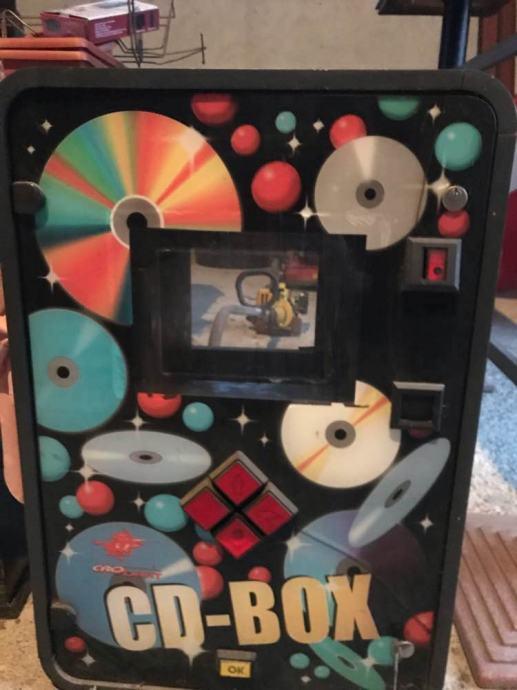 Jukebox•••samo kutije sa instalaciom bez racunala•••CRO-DART..vise kom