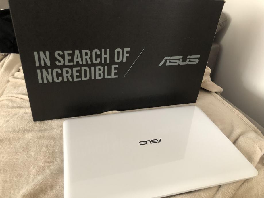 Asus laptop,kao nov,garancija