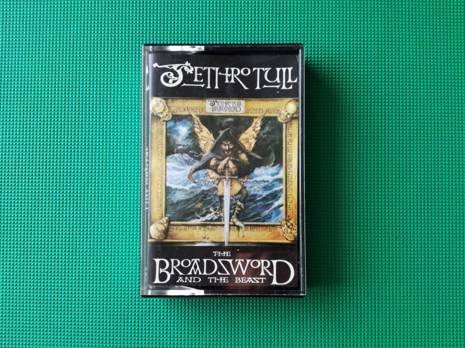 Audio kaseta/kazeta  JETHRO TULL - THE BROADSWORD AND THE BEAST