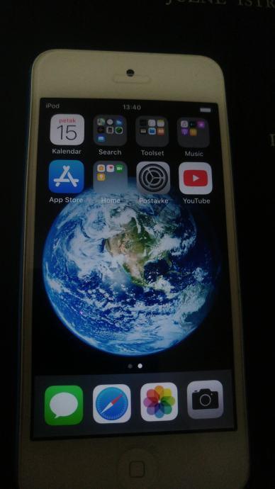 Apple ipod 6 touch 32 gb u odličnom stanju