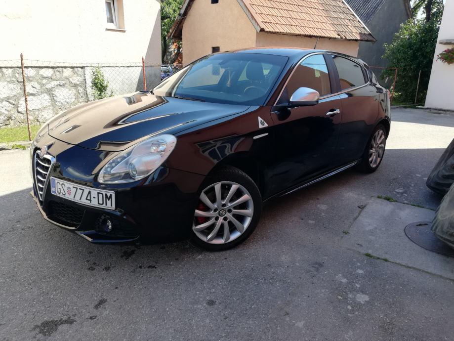 Alfa Romeo Giulietta 2,0 D. N. A automatik