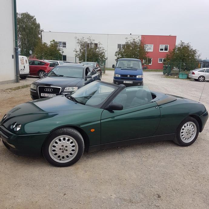 Alfa Romeo Spider 2,0 Twin Spark 16V, 1996 God