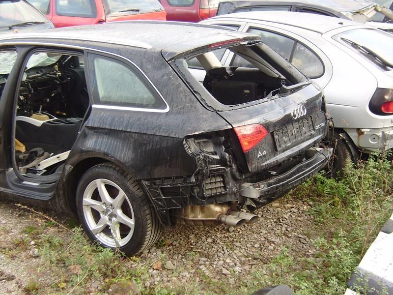 Audi A4 Avant 2,0 TDI DIJELOVI