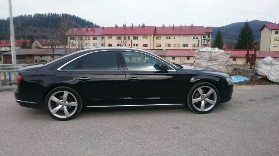 Audi A8 3,0 TDI automatik TOP!!!! može zamjena za apartman na moru