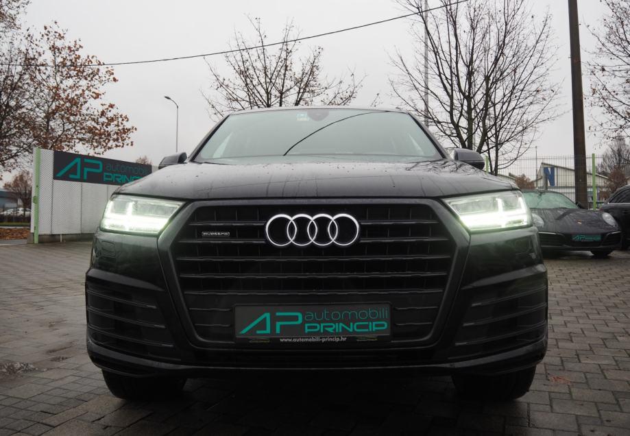 Audi Q7 3.0TDI quattro ''Audi Exclusive Black'' S-Line