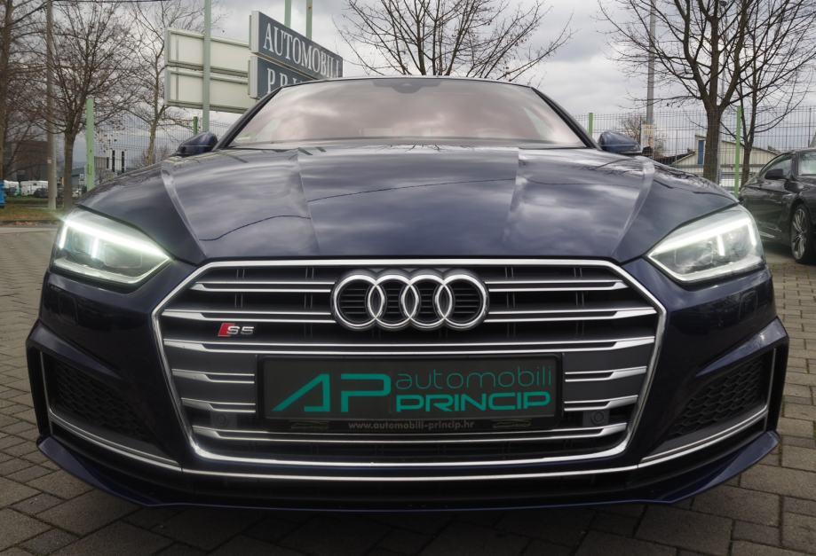 Audi S5 3.0TFSI Sportback S-tronic quattro