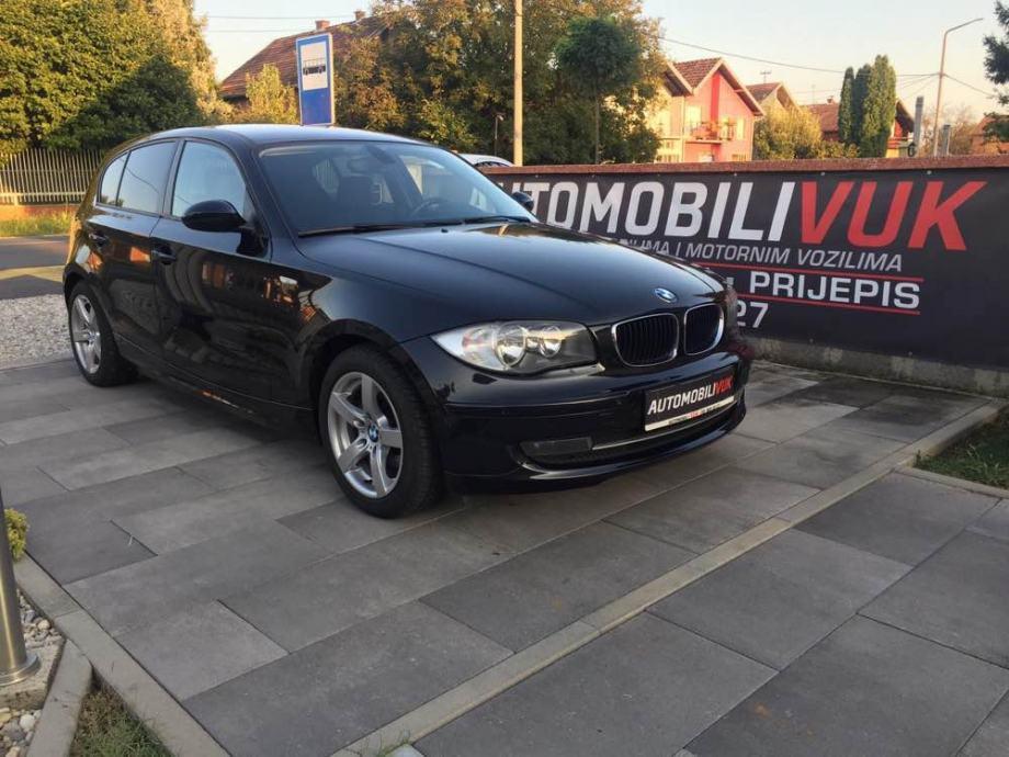 BMW 118d - BMW NAVI, 2X PDC, TIPKE NA VOLANU, NOVI SET KVAČILA,DO REGE