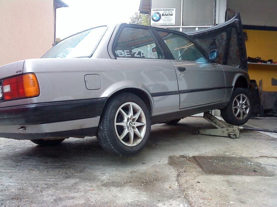 BMW serija 3 Coupe 335i