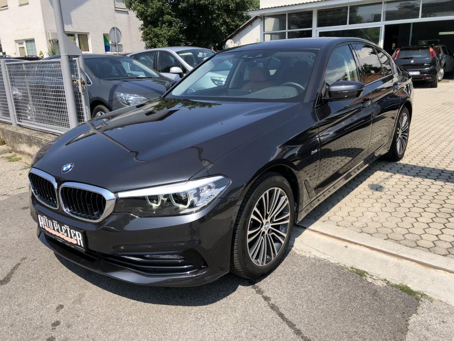 BMW serija 5 520d X-DRIVE, SPORT LINE, TVORNIČKO JAMSTVO!