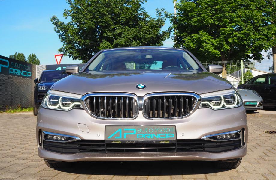 BMW serija 5 530d xDrive SportAutomatic Luxury Line