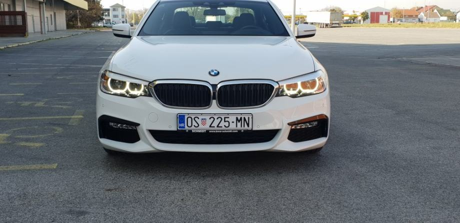"""BMW 520D """"M PAKET"""" - KEYLESS, NAVI, KOŽA, HEAD UP, KAMERA.."""