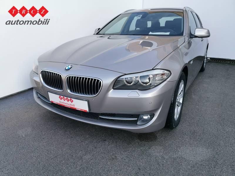 BMW SERIJA 5 TOURING 520 D
