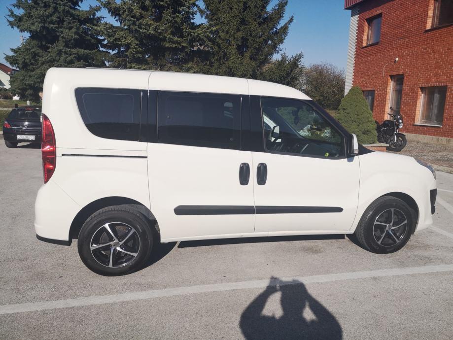 Fiat Doblo 1,6 Multijet 16V N1, odbitak pdv-a, R1