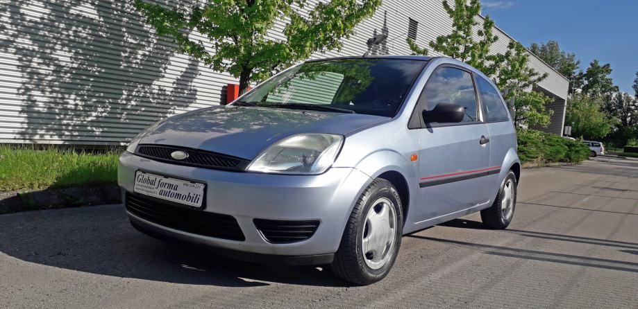 Ford Fiesta 1,3 i - KLIMA - kreditne kartice do 60 rata