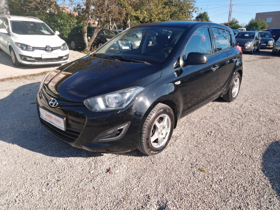 Hyundai i20 1,1 CRDi /JAMSTVO 12 MJESECI/REG 1 GODINA