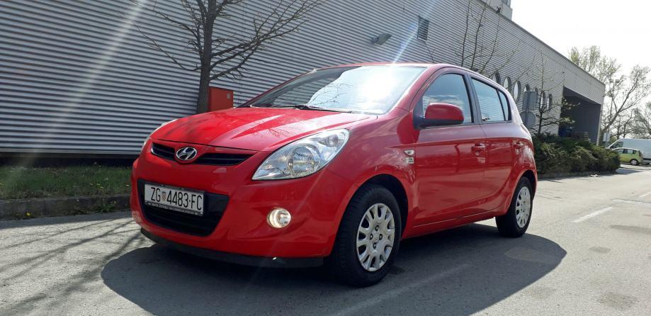 Hyundai i20 1,2i FIFA - NIJE IZ UVOZA - kredit, kreditne kartice