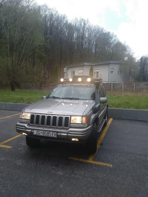 Jeep Grand Cherokee 5,2