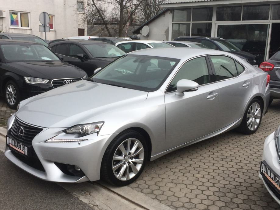 Lexus IS 300h  Business,AUTOMATIK,XENON,NAVI,4 X GARANCIJA