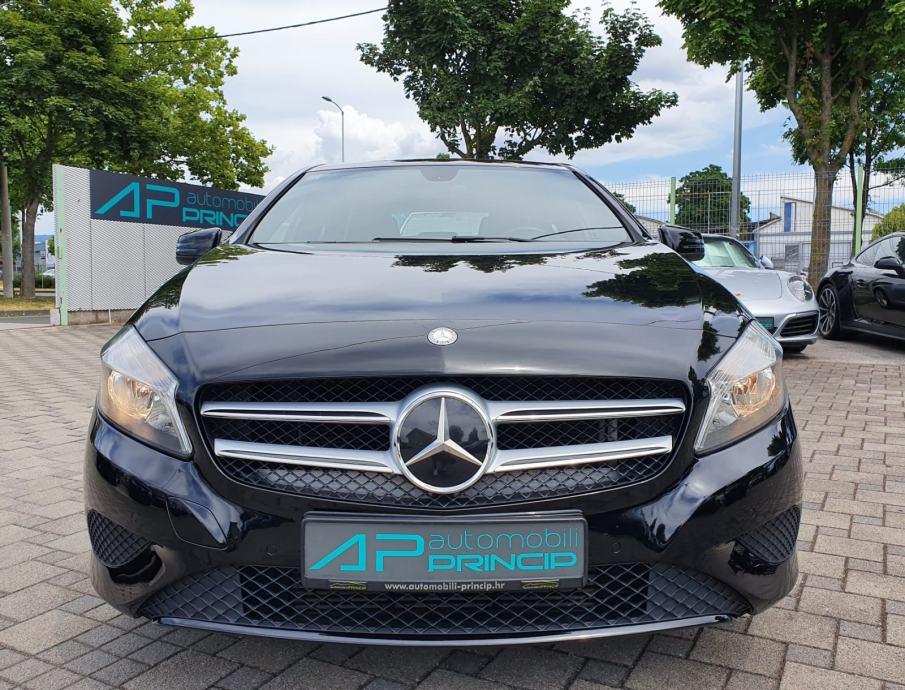 Mercedes-Benz A180 *URBAN PROGRESSION*