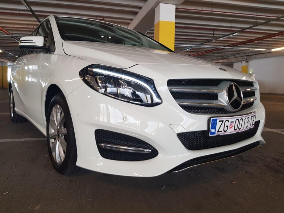 * Mercedes-Benz B klasa 180 20.000km 2018god *