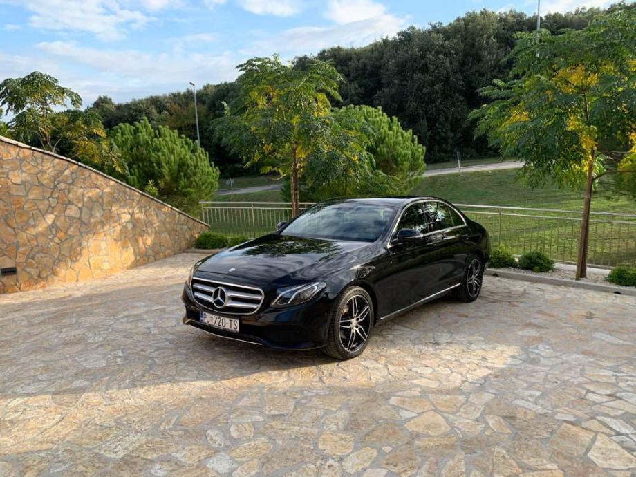 Mercedes-Benz E-klasa 220 automatik AMG felge U SUSTAVU PDV-a 45.000km