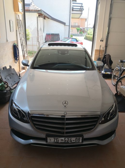 Mercedes-Benz E-klasa 220 D Exclusive Widescreen HUD 360 kamera LISING