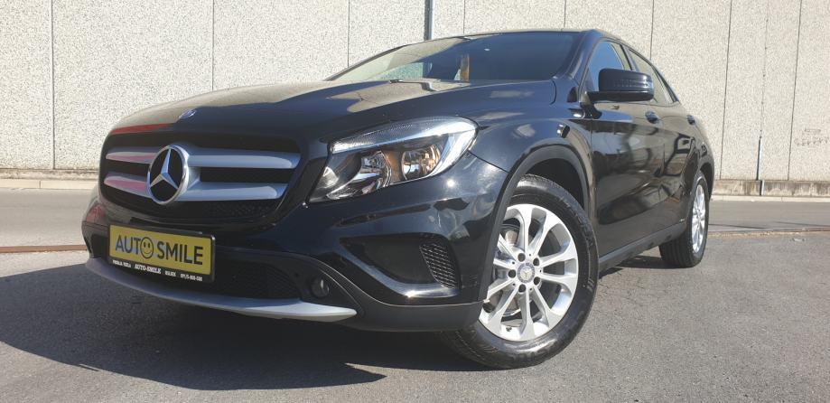 Mercedes-Benz GLA 180 d NAVI