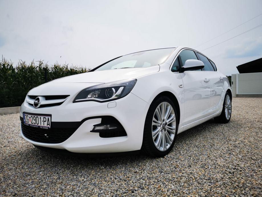 Opel Astra 2.0 CDTI BI TURBO KAO NOV