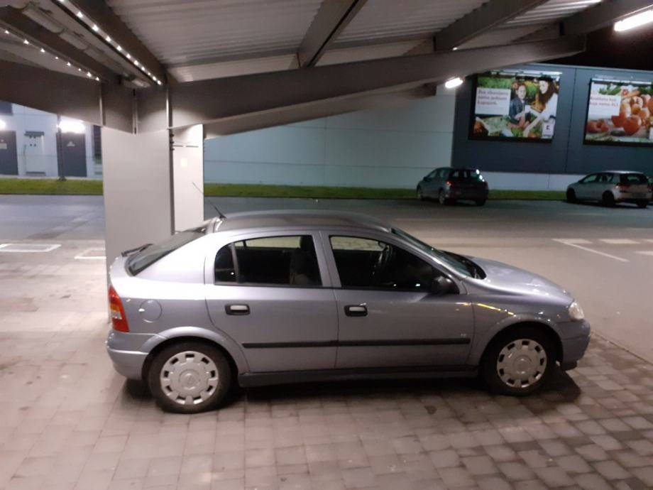 Opel Astra Classic 1.4 16V 2009