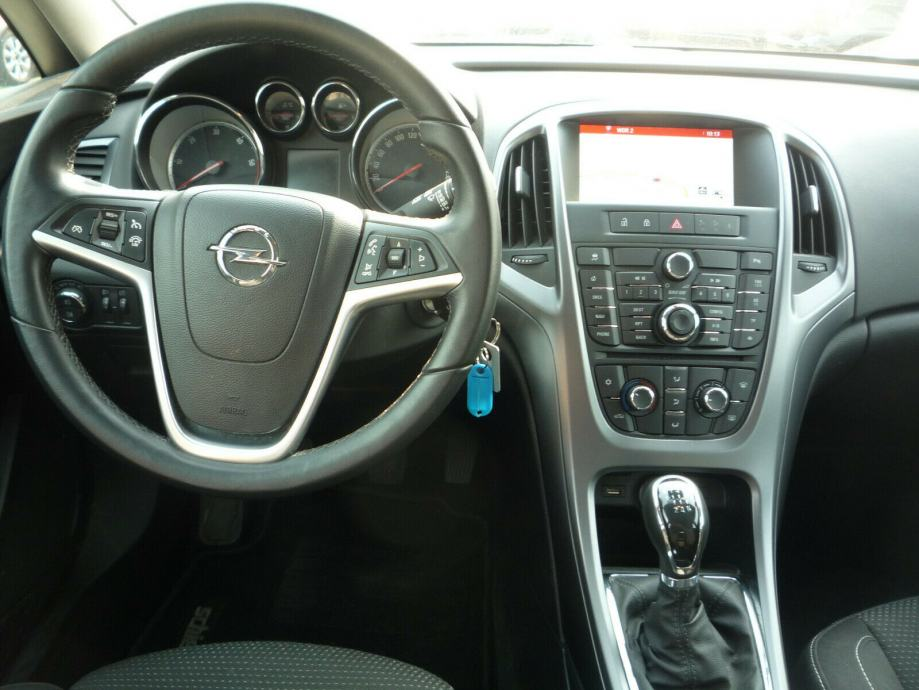 Opel Astra J Sp. Tourer Edition 1,7 CDTI+NAVI+1.VL ...