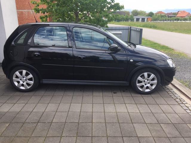 Opel Corsa 1,2 16V, Silverline