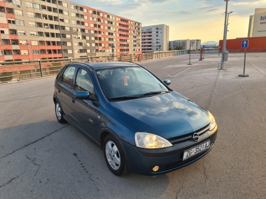Opel Corsa1,2 16V Servo,Klima,Maglenke,Alu-Felge,Serv.Knjiz Kredit-Zam