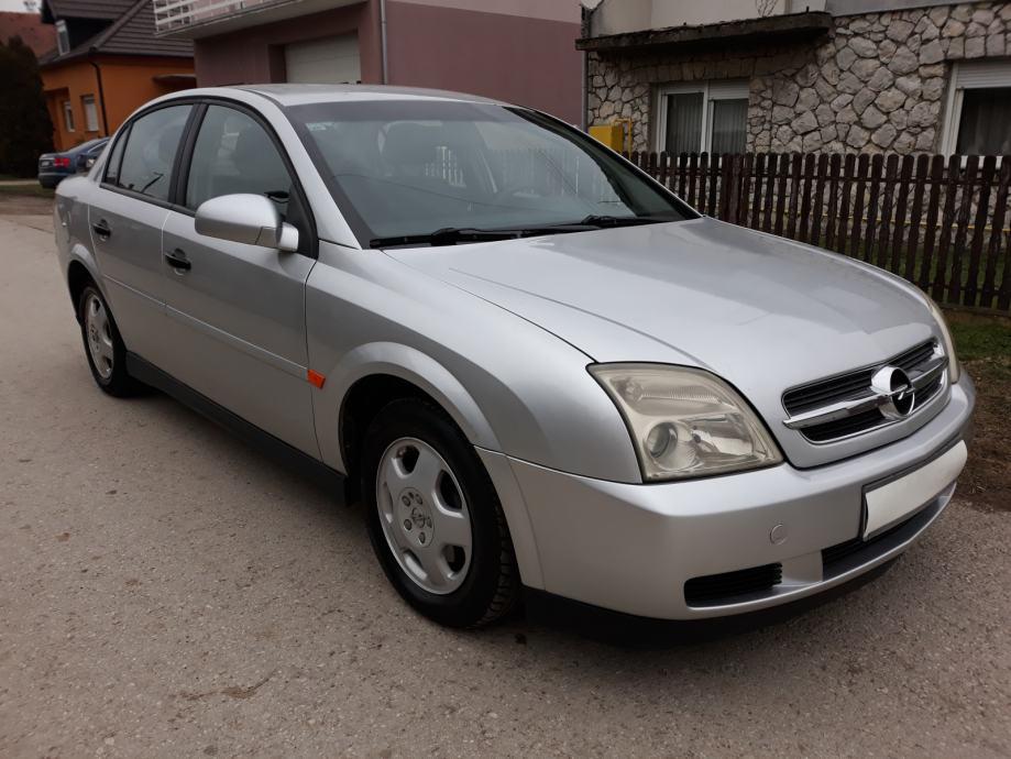 Opel Vectra 1,6; klima, registriran do 1. 3. 2021 ...